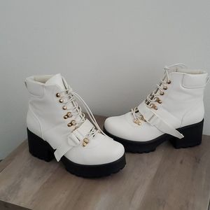Nasty Gal White Combat boots UK 8 US 10 excellent